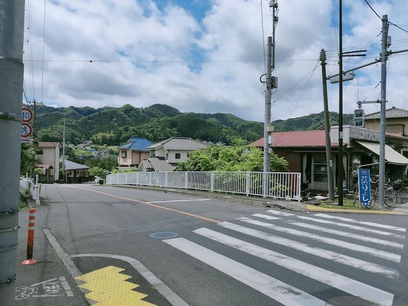 和田自転車店がある交差点